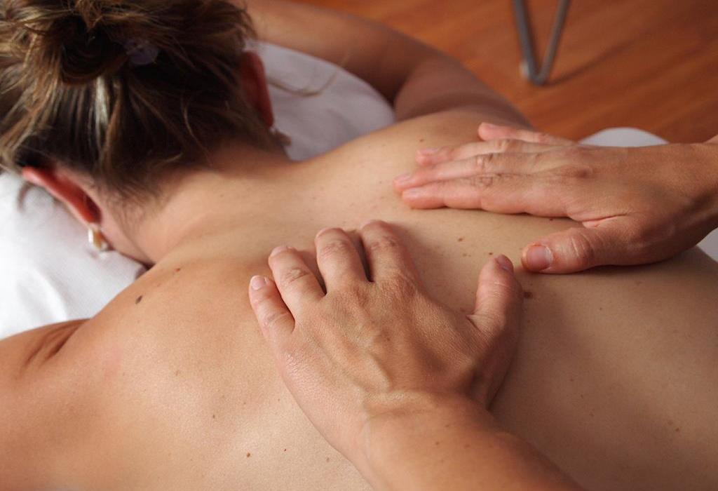 Massage_cropped.jpg